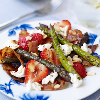 Strawberry, Asparagus & Ginger Salad