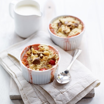 Strawberry & Rhubarb Crumble