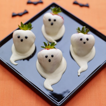 Chocolate Strawberry Ghost Halloween ScareBerries