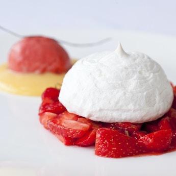 Soft Lemon Meringue with Strawberry Salad