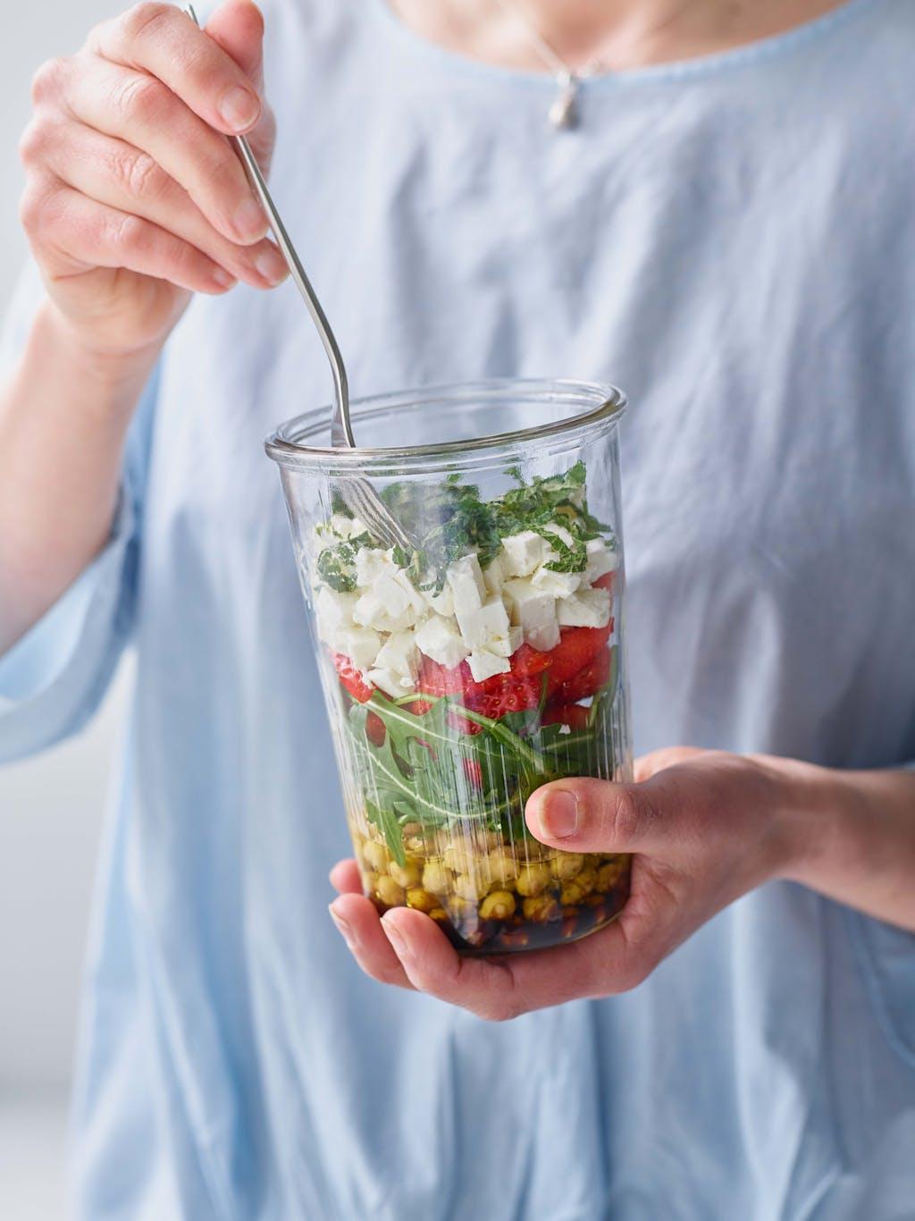 Strawberry kilner jar salad interaction 2 WEB